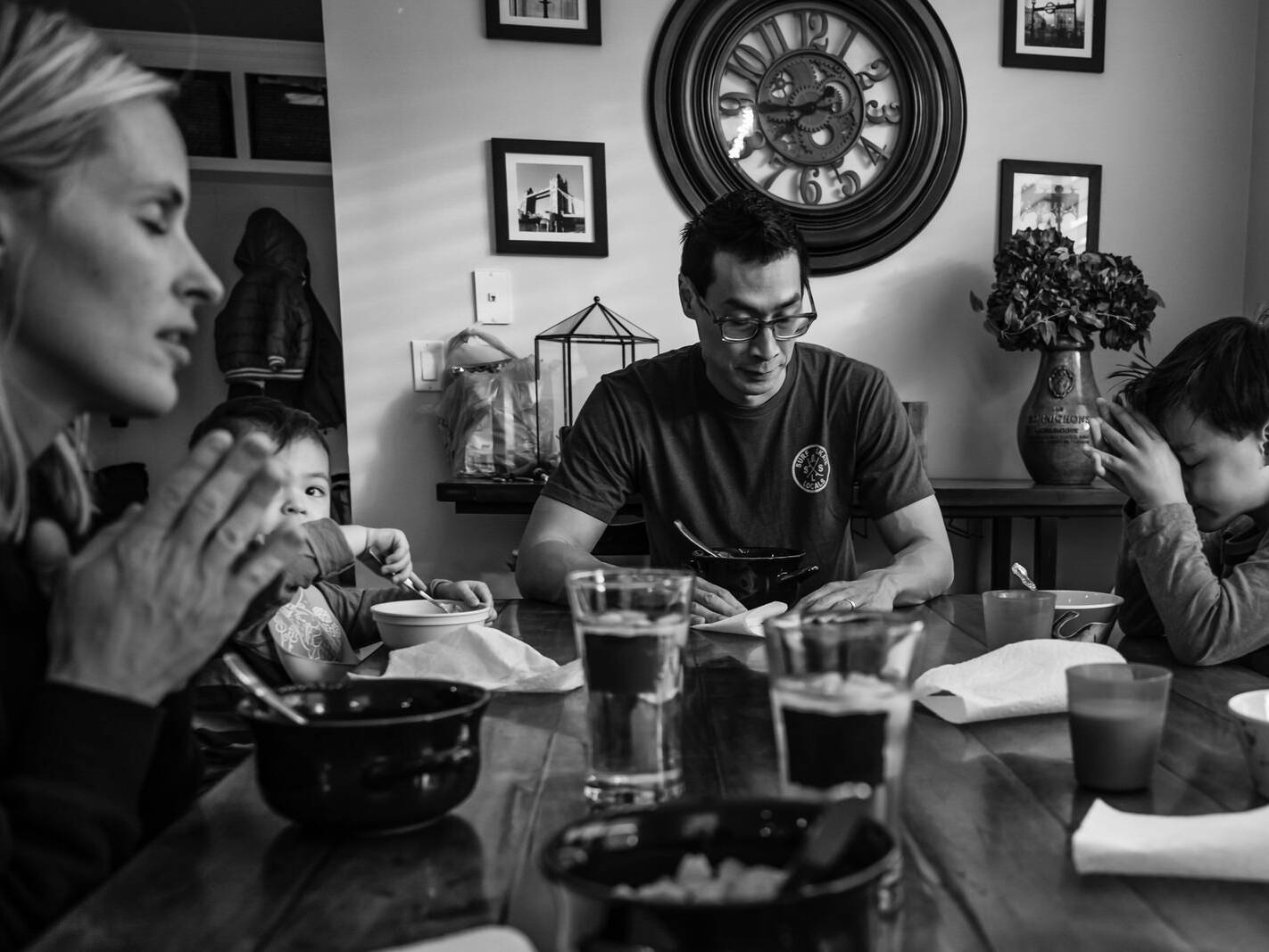 dinner prayers at the family table