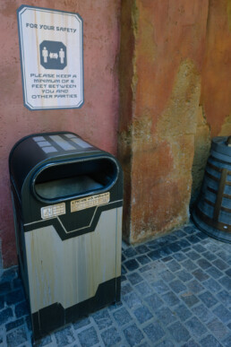 trash can in Batuu propped open